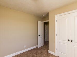 1302051_Bedroom2_800x600